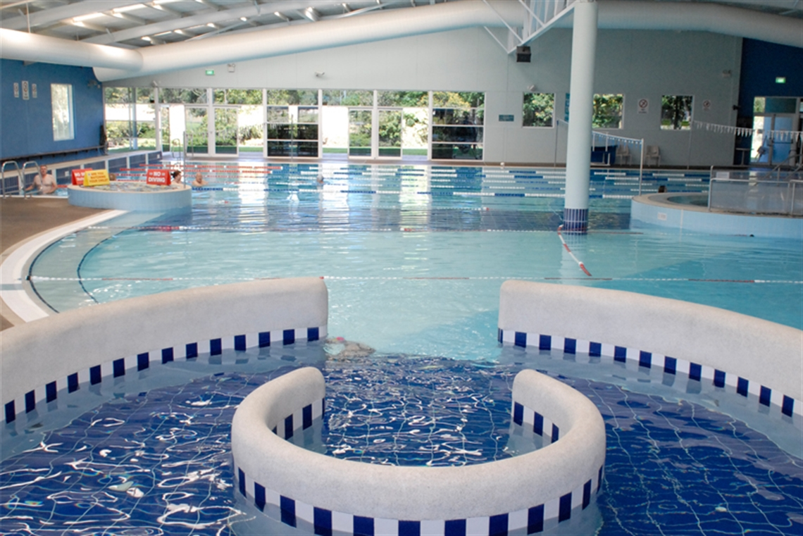 altone park leisure centre